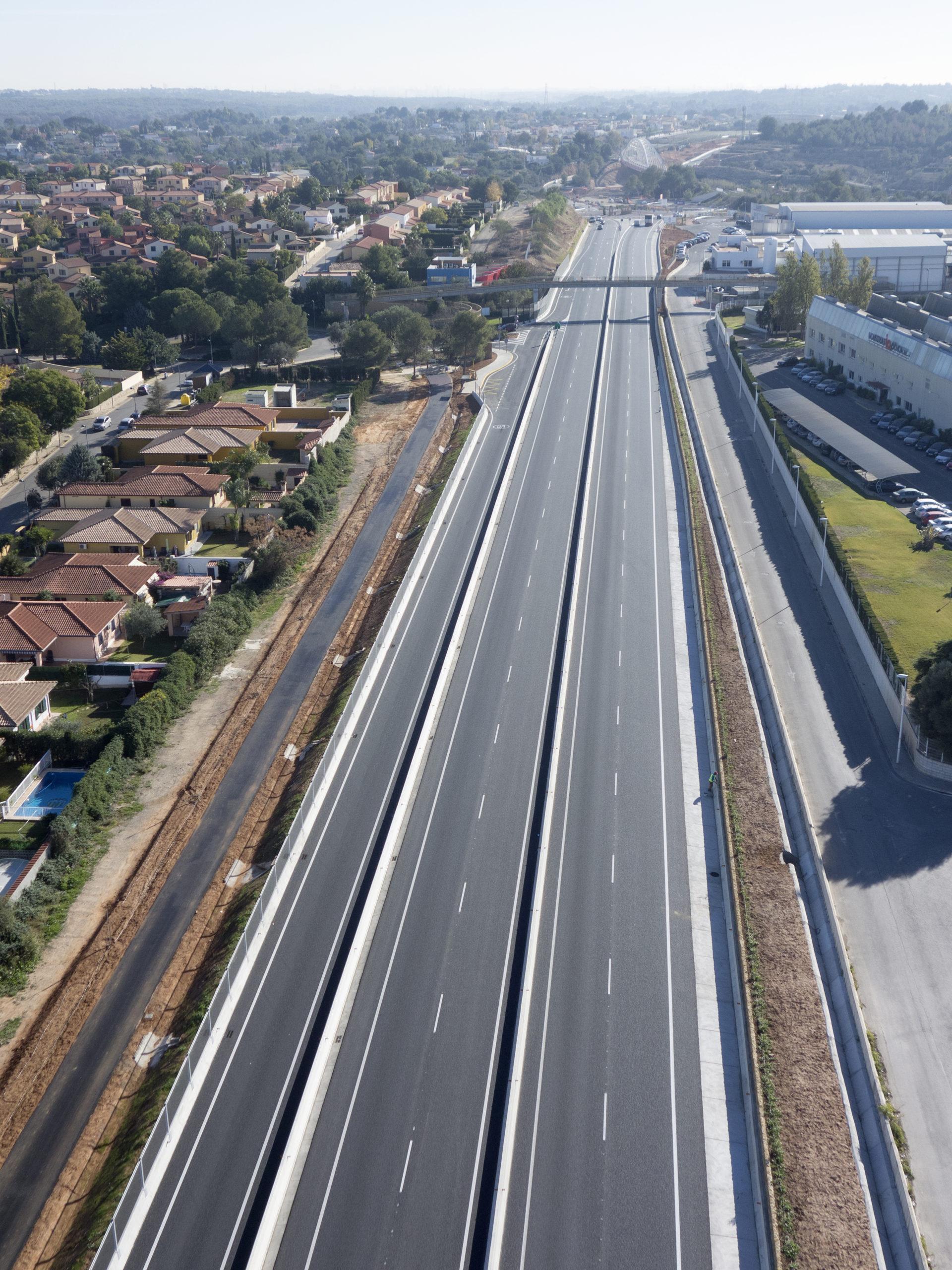 http://urbinsa.com/wp-content/uploads/2021/02/Via-Parque-Turia-6-scaled.jpg