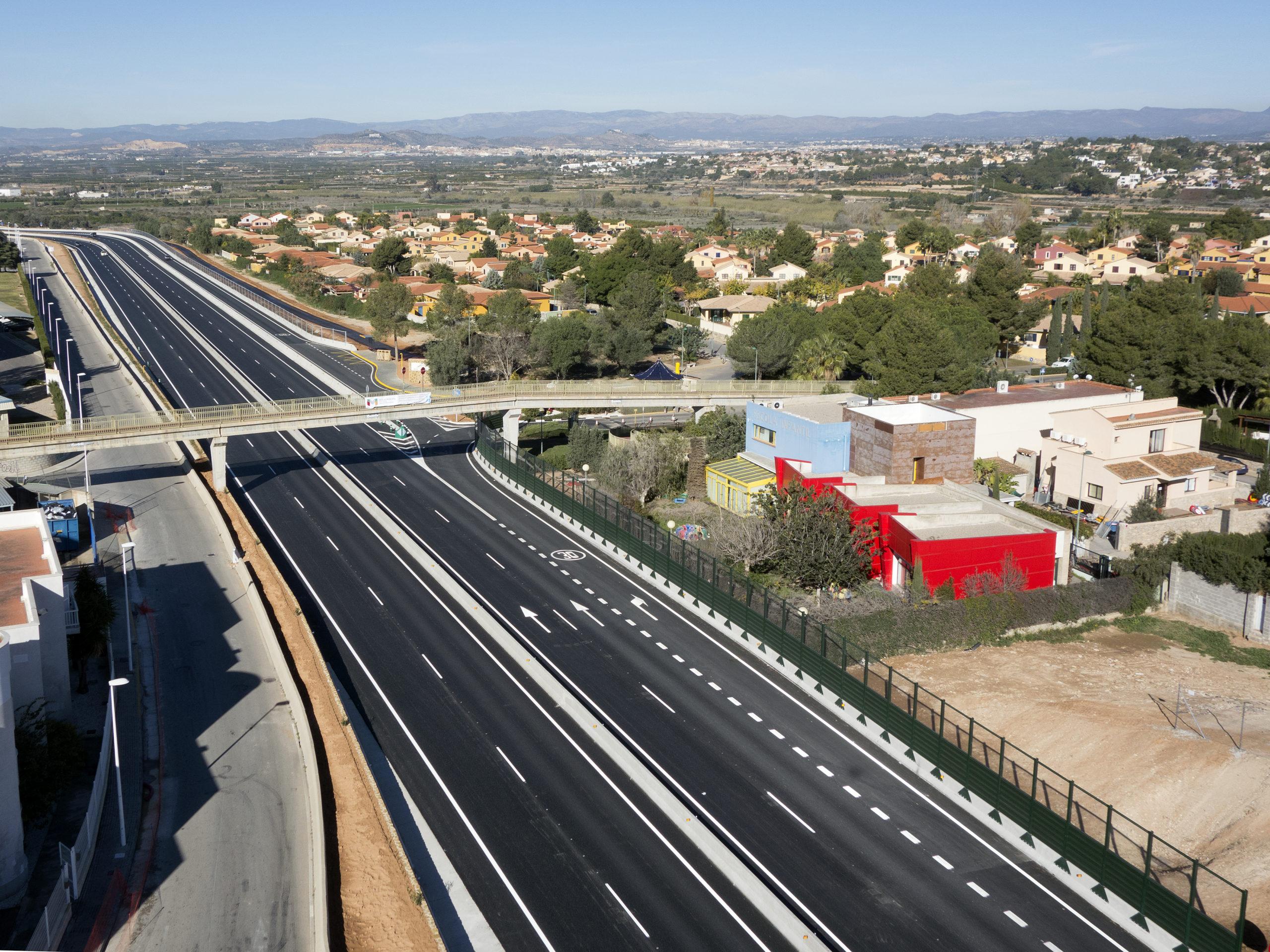 http://urbinsa.com/wp-content/uploads/2021/02/Via-Parque-Turia-8-scaled.jpg
